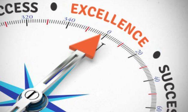 Success Ke Peeche Mat Baagho, Excellence Ka Peecha Karo